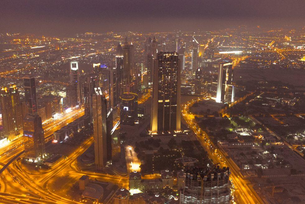 15555907804_361a9f0380_b_Burj-Khalifa